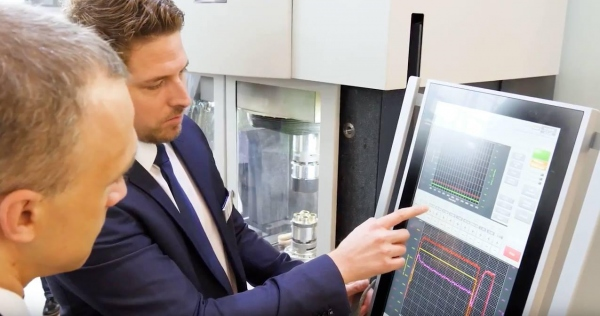 PEM 800S: Messenpremiere und Videobericht von B&R Industrial Automation